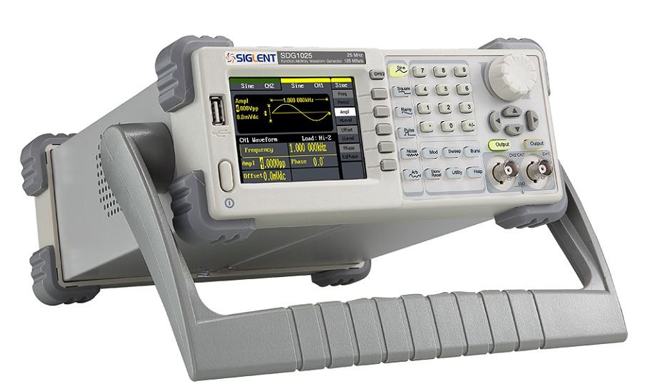 Siglent SDG1025 25MHz 16kpoints 2Kanal DDS Funktionsgenerator schrag vorn seitlich